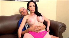 brunette with large breasts bella maree fucks with a man in a condom